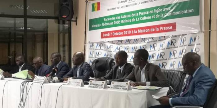 Rencontre ministre de la communication/acteurs presse en ligne : l'arrêté instituant la commission de validation de la nouvelle carte de presse signé