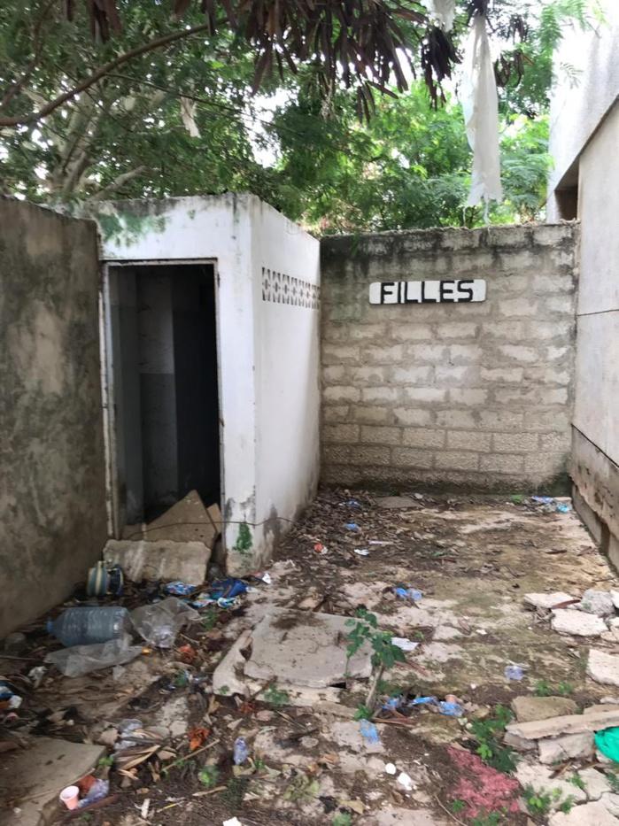 Cem Blaise Diagne : Appel aux bonnes volontés pour la réhabilitation des toilettes qui sont dans un état lamentable.