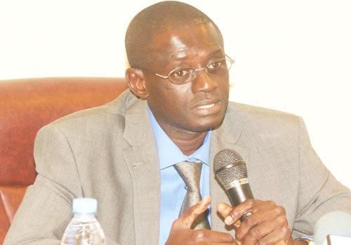 Intervention d'Abdoulaye Wade sur le dossier des chantiers de Thiès: Abdou Aziz Seck de l'Ums se dit choqué.