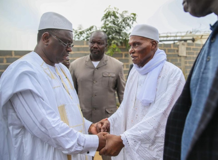 VISITE : Le président Abdoulaye Wade au palais de la République ce Samedi.