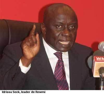«Nous avons affaire à un pouvoir vandale» (Idrissa Seck)