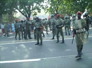 Dernière minute: Les marchands ambulants ont décidé de marcher jusqu'à la Place de l'Indépendance.