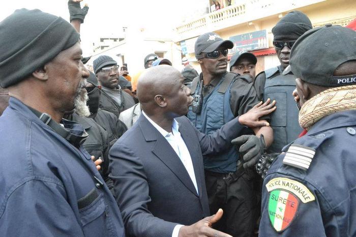 Revoyez les images de la journée mouvementée d'Idrissa Seck