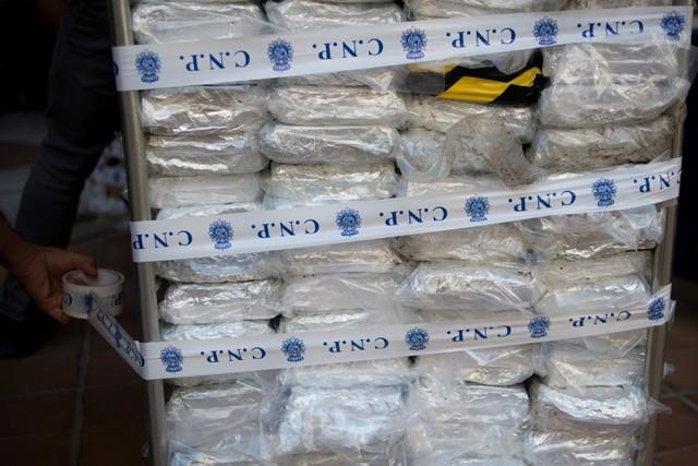 Espagne : 1900 kg  de cocaïne saisis, des Sénégalais arrêtés.