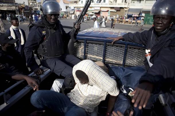 Le Sénégal s'embrase