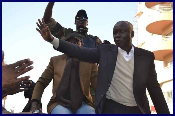 Dernière minute: Idrissa Seck bloqué à l'Hôtel de ville.
