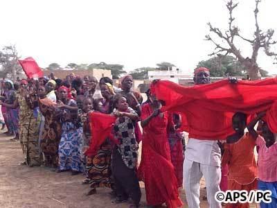 Dahra Djolof : Les lycéens, en grève, attendent demain Abdoulaye Wade avec des brassards rouges