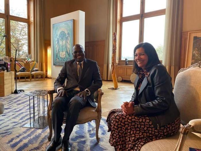 Paris : Khalifa Sall reçu par le maire Anne Hidalgo