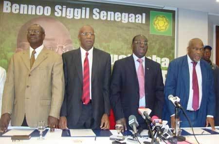 """""""Bennoo est à l'écoute d'Obasanjo pour discuter"""", selon Dansokho"""