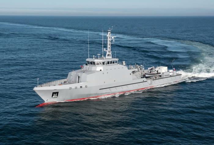 Saisie record de cocaïne par la Marine nationale : 1260 kilos saisis dans une embarcation partie d'Amérique du Sud.