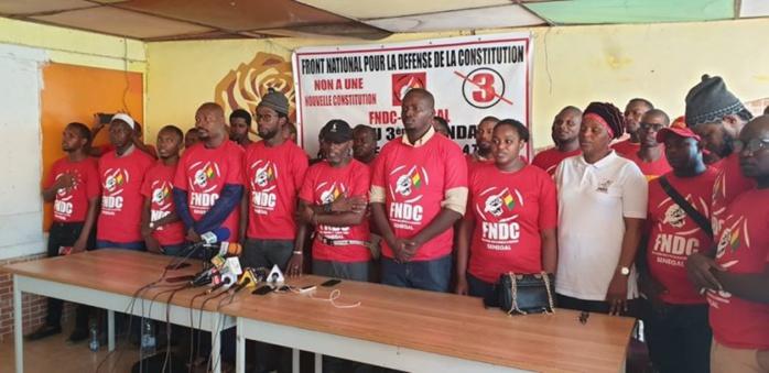 Soutien aux peuples Guinéens et Comoriens : La marche de demain autorisée et encadrée.