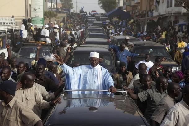 Dernière minute : Abdoulaye Wade vient d'arriver à la permanence.