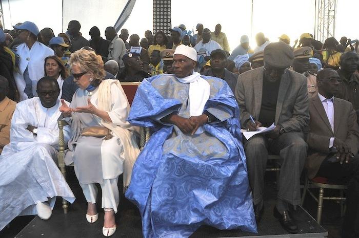 Regardez les images du meeting de clôture d'Abdoulaye Wade sur la Vdn, à Dakar