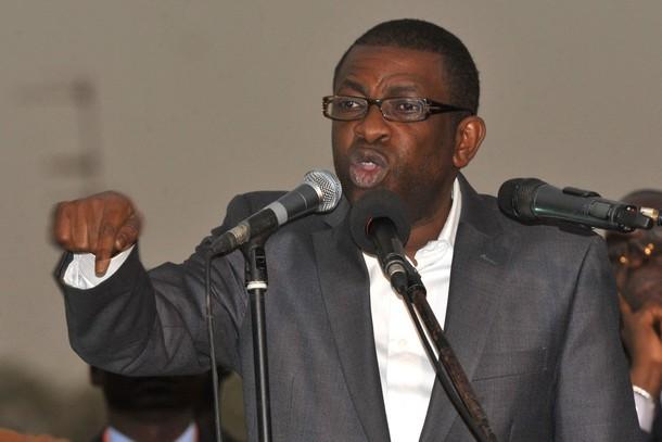 Dernière minute: Youssou Ndour au meeting de Macky Sall.