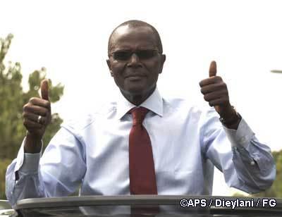En Italie, le vote retardé par absence de bulletins d'Ousmane Tanor Dieng.