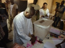 Ziguinchor: Abdoulaye  Baldé a voté au centre Assane Diack de Boucotte (PHOTOS)