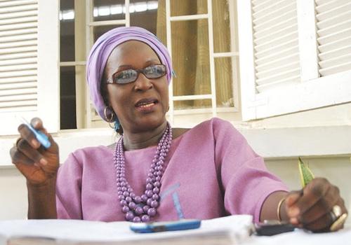 13h10: Amsatou Sow Sidibé appelle à la transparence et à la paix