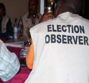 """Des observateurs africains dénoncent le """"traitement déséquilibré"""" de médias étrangers"""