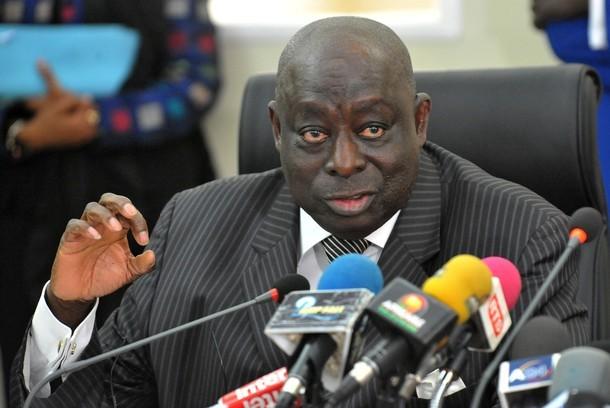 Pour avoir dénoncé un manque de transparence le jour du scrutin, la Mission d'observation électorale de l'Union européenne menacée de retrait de son mandat par Cheikh Guèye.