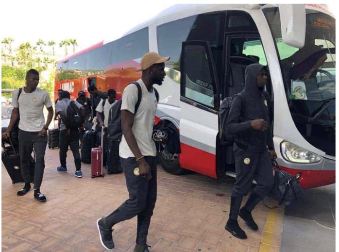 Sénégal - Congo Brazzaville : Défaut de réservation ou stratégie de la FSF, pourquoi les Lions sont en regroupement au Lamantin Beach ?