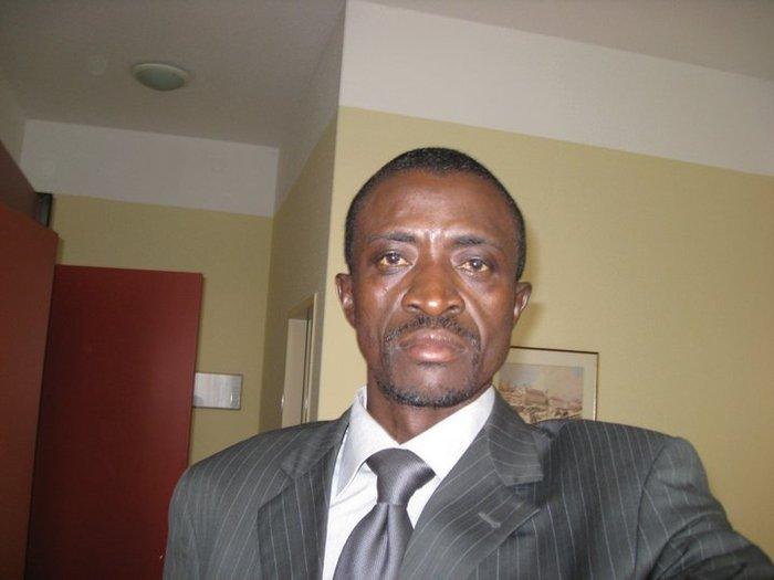 Visé par une plainte de Karim Wade, Jonhson Mbengue se justifie.
