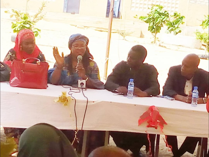 Sangalkam / Journée internationale de la fille : Le  CEM Déni Birame Ndao ouvre ses portes pour une sensibilisation sur l'état civil.