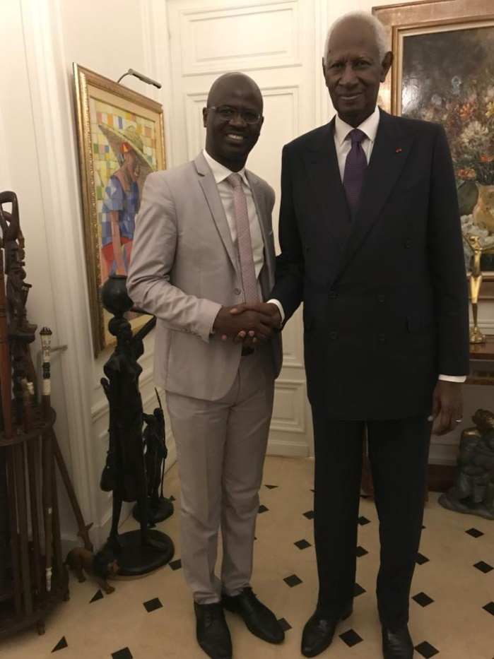 Limoges : Abdou Diouf, parrain de la promotion 2019/2020 des docteurs de l'université