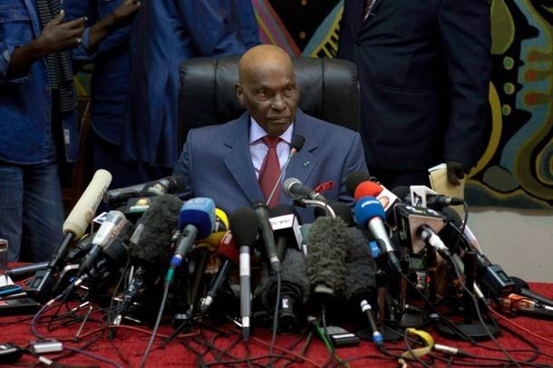 Contribution : Les Sénégalais doivent réélire Maitre Wade