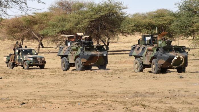 Mali : 24 soldats maliens et 17 jihadistes tués dans des combats.