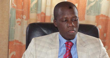 Bagarre au bureau de Mamour Cissé entre Massaly et un jeune wadiste.