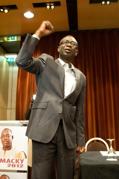Youssou Ndour à Paris : 'Wade va dégager démocratiquement, sinon on va le déloger'