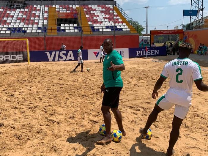 Coupe du monde Beach-soccer : À 24h du début des compétitions, Ngalla Sylla passe ses troupes en revue...