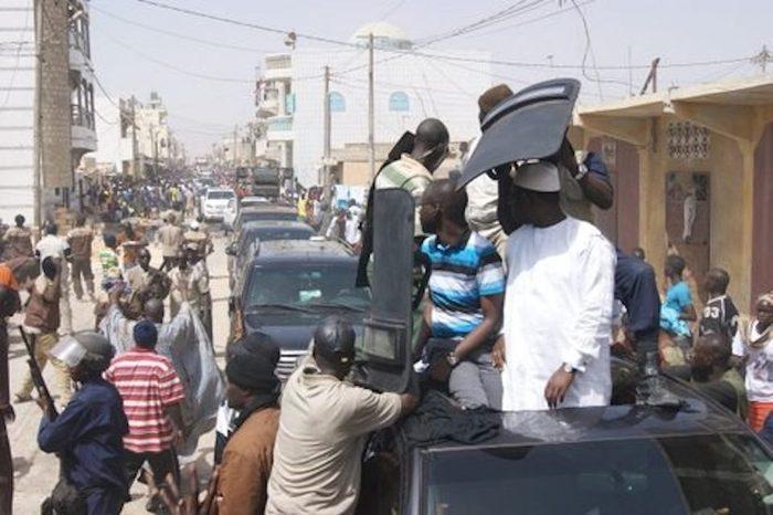 Macky Sall sauvé in extrémis à Kébémer par les éléments du GIGN et de la BIP affectés à sa garde (Par Cheikh Yérim Seck)