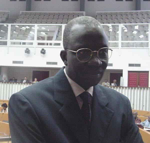 Derrière le sabotage du meeting du 15 mars à Thiès, la main de Moustapha Sourang ? (Par Cheikh Yérim Seck)
