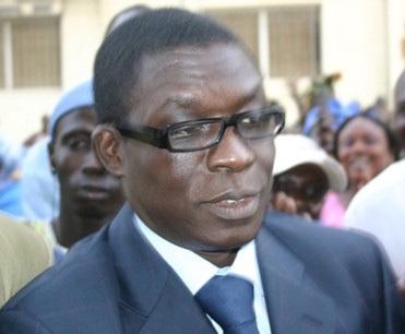 Ndongo Sall décède après avoir reçu 30 millions de Farba Senghor: sa famille accuse ses frères de parti de complot.