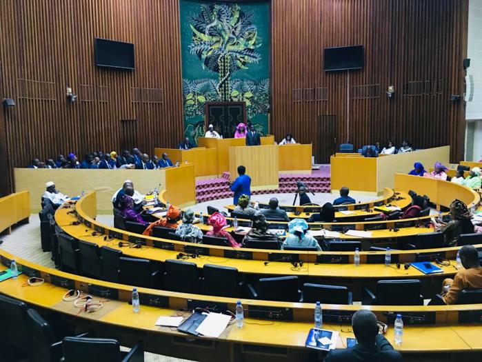 Assemblée Nationale / Le projet de budget du ministère des collectivités territoriales arrêté à 284 milliards.
