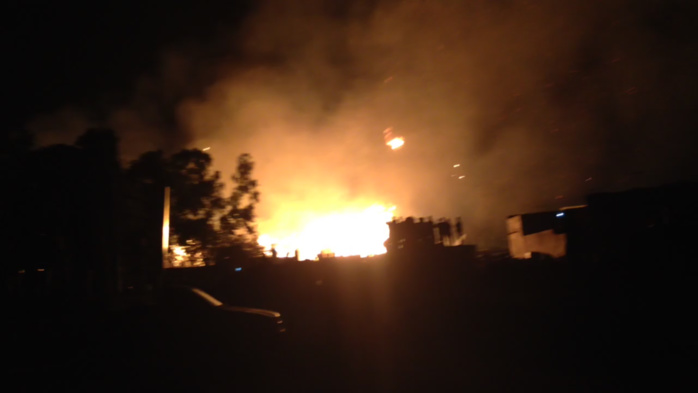 Urgent : L'Usine de la Rochette Dakar en feu !