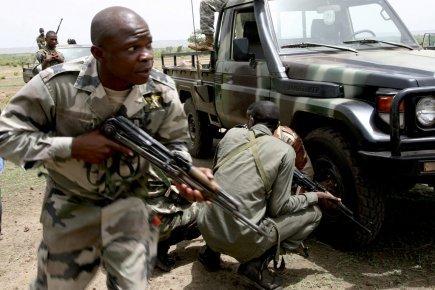 Dernière minute: le scénario du coup d'Etat se précise au Mali