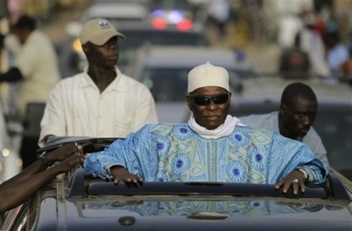 """Alerte: Pourquoi Abdoulaye Wade a-t-il appelé Idrissa Seck """"mon fils"""" hier à Thiès ?"""