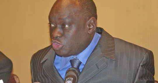 Lors de son arrestation, Elhadji Diouf s'est battu contre les policiers qui ont été obligés de lui passer les menottes.