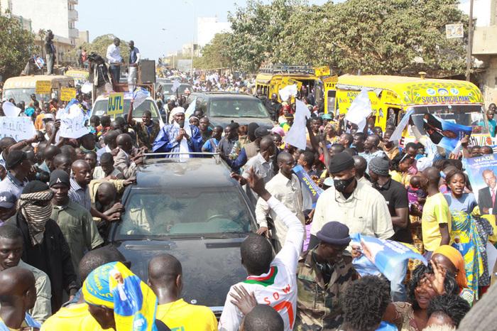 Regardez les images du passage de Wade à Guédiawaye