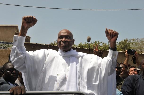 Comment Abdoulaye Wade a-t-il tenu ses troupes pour éviter tout dérapage hier ?