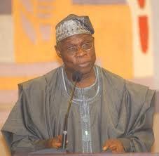 """Olusegun Obasanjo """"pas du tout surpris"""" par le déroulement du scrutin"""