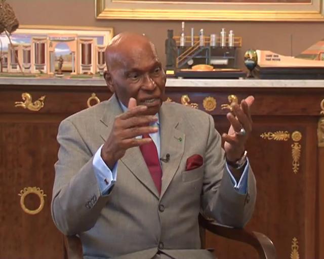 Qu'a fait Abdoulaye Wade cette nuit ?