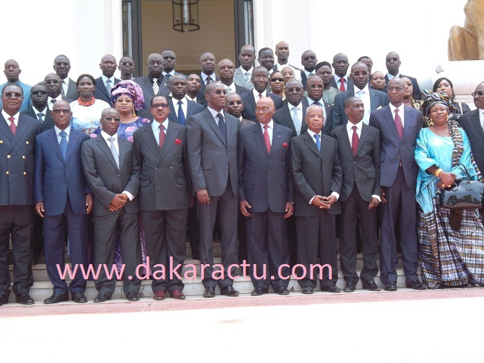 Le gouvernement Souleymane Ndéné Ndiaye a démissionné (PHOTOS)