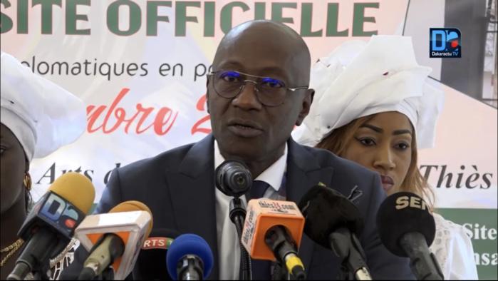 """Histoire générale du Sénégal / Le ministre Abdoulaye Diop prend la défense de Iba Der Thiam : """"Ils ont ont la légitimité d'écrire (...). On n'écrit pas l'histoire pour un individu..."""""""
