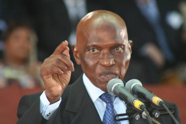 "Fin de règne de maître ''njomboor'' à "" Ndumbelaan '' ! (Fall Papa Malick)"