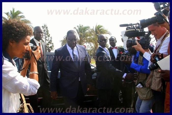 Arrivée du président Macky Sall au King Fahd Palace. (PHOTOS)