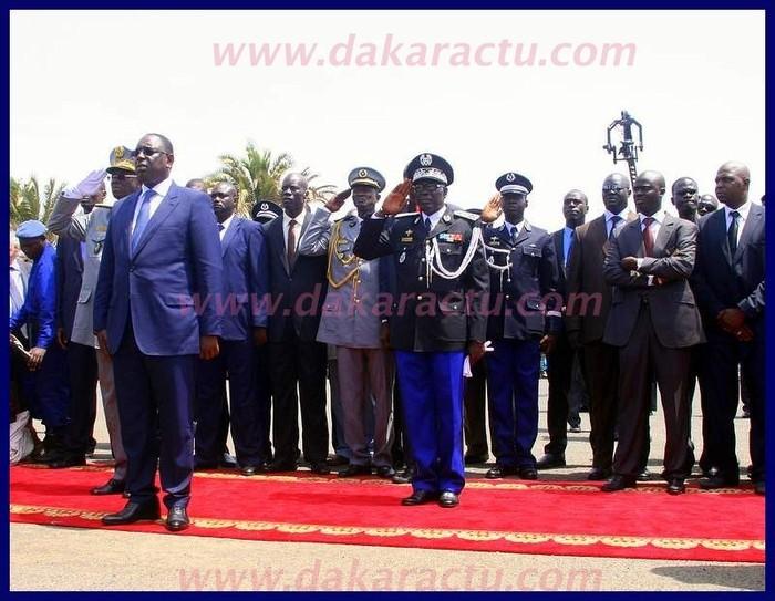 Le président Macky Sall est ressorti du palais.