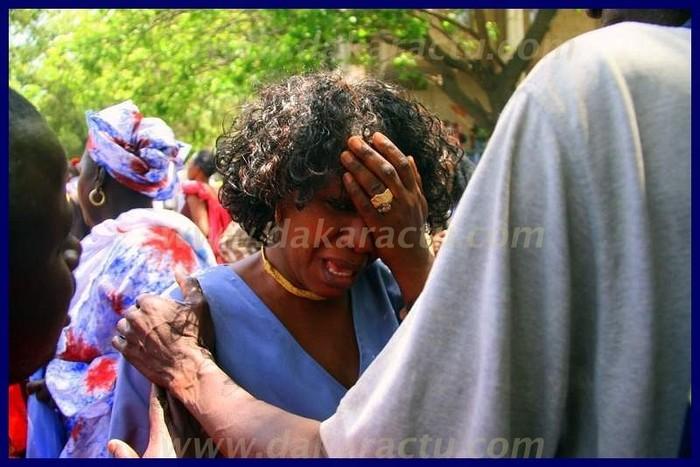 Ces militantes de Wade ont versé de chaudes larmes.(PHOTOS)